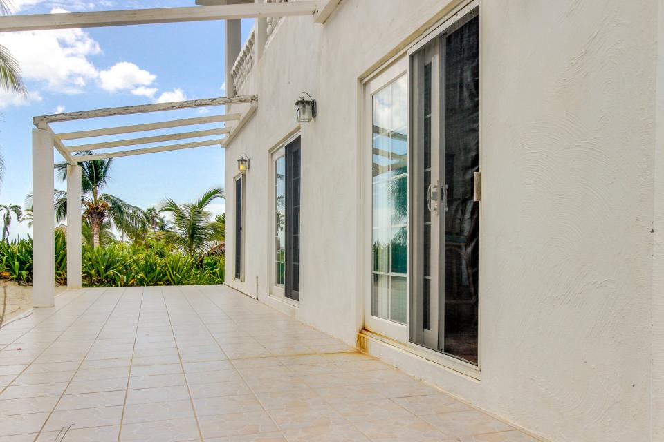 View the Blue (Whole House) - San Pedro Vacation Rental - Photo 41