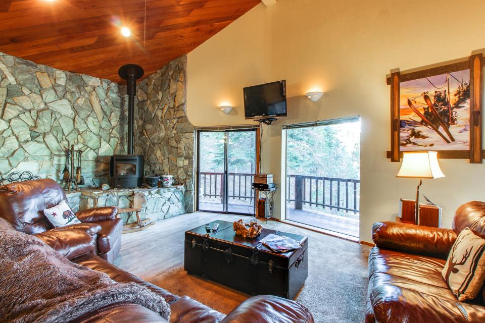 Conifer Tee & Ski - Truckee Vacation Rental - Photo 2