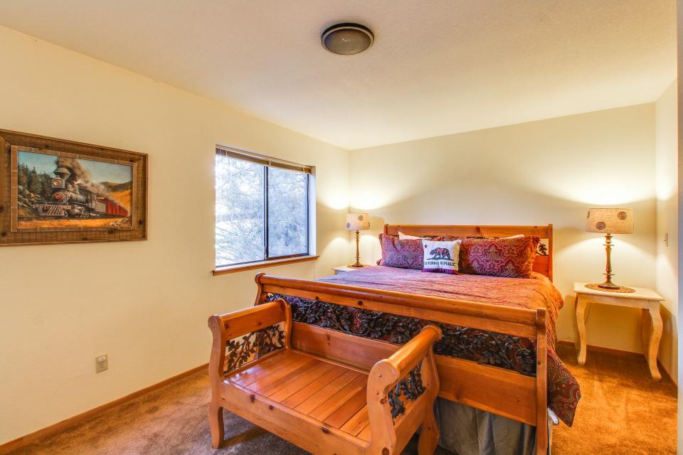 Conifer Tee & Ski - Truckee Vacation Rental - Photo 15