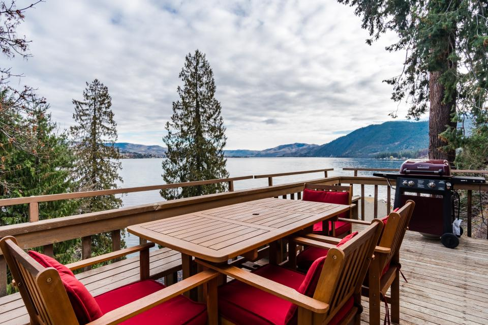 Treehouse Rentals Washington Part - 36: Tree House Cabin - Chelan Vacation Rental - Photo 1 ...