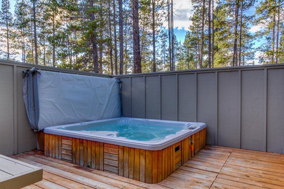 28 Cypress - Sunriver Vacation Rental - Photo 15