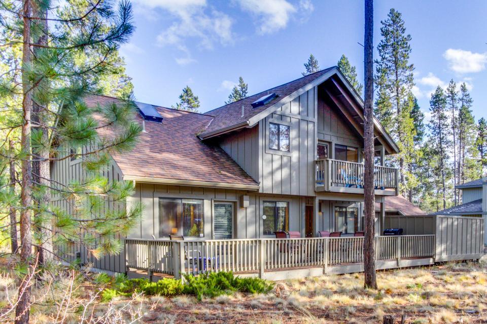 28 Cypress - Sunriver Vacation Rental - Photo 1