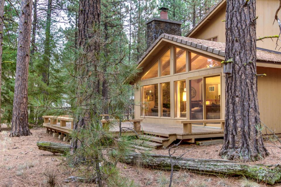 Buckbrush Cabin (SM 93) - Black Butte Ranch Vacation Rental - Photo 1