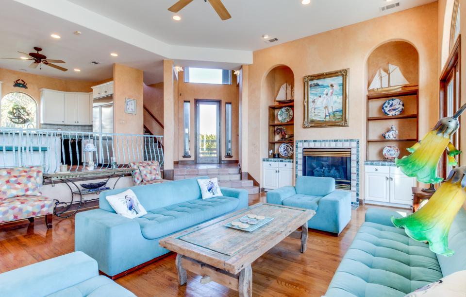 Suite Retreat  - Galveston Vacation Rental - Photo 1