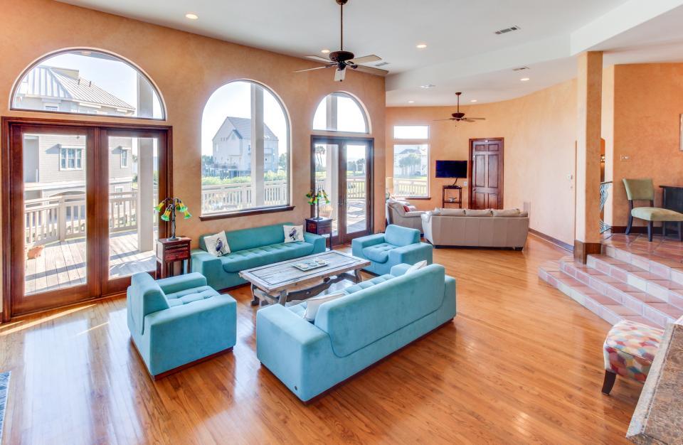 Suite Retreat  - Galveston Vacation Rental - Photo 35