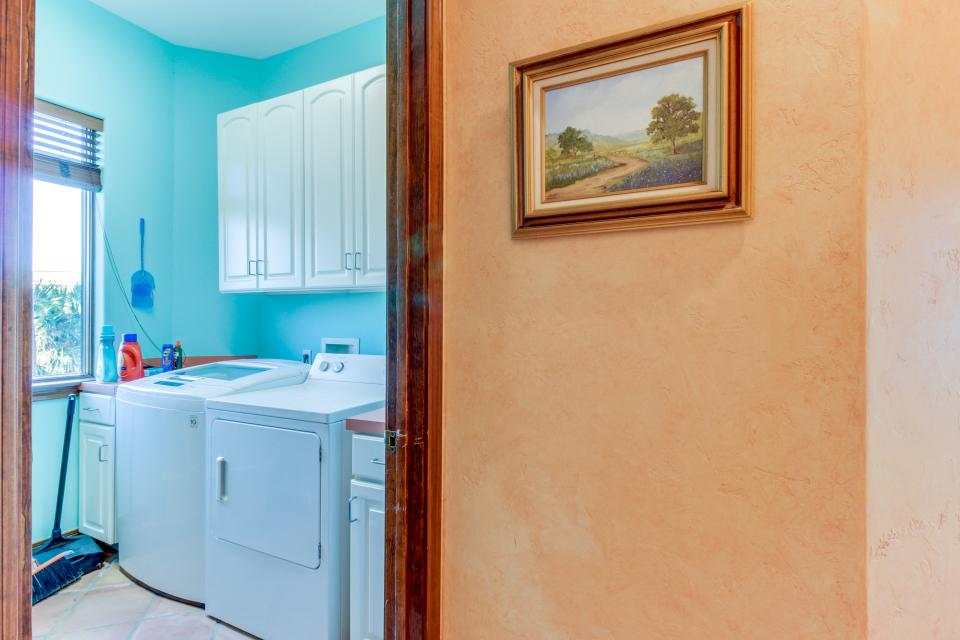 Suite Retreat  - Galveston Vacation Rental - Photo 24