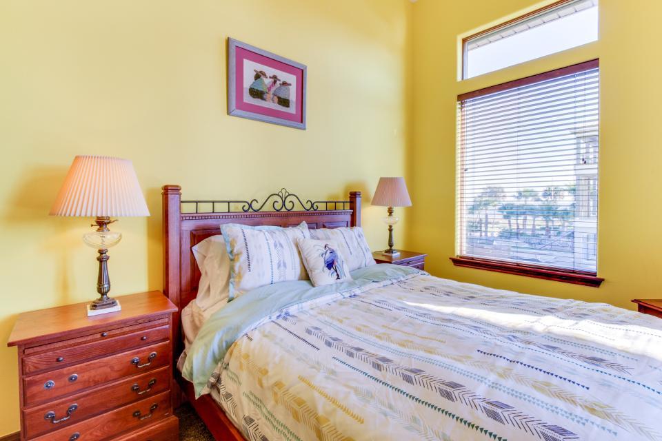 Suite Retreat  - Galveston Vacation Rental - Photo 30