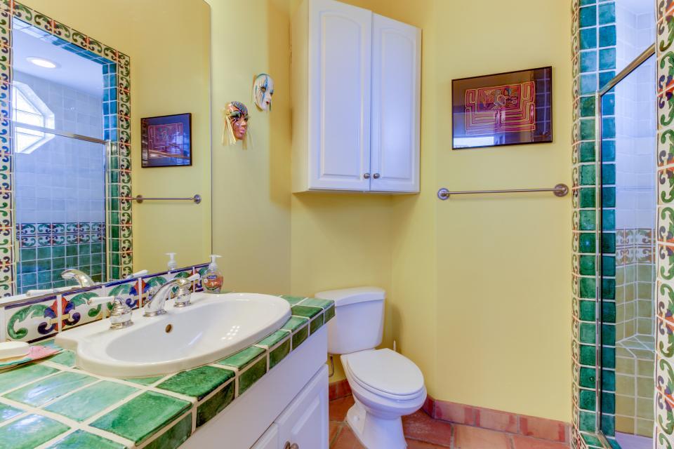 Suite Retreat  - Galveston Vacation Rental - Photo 20