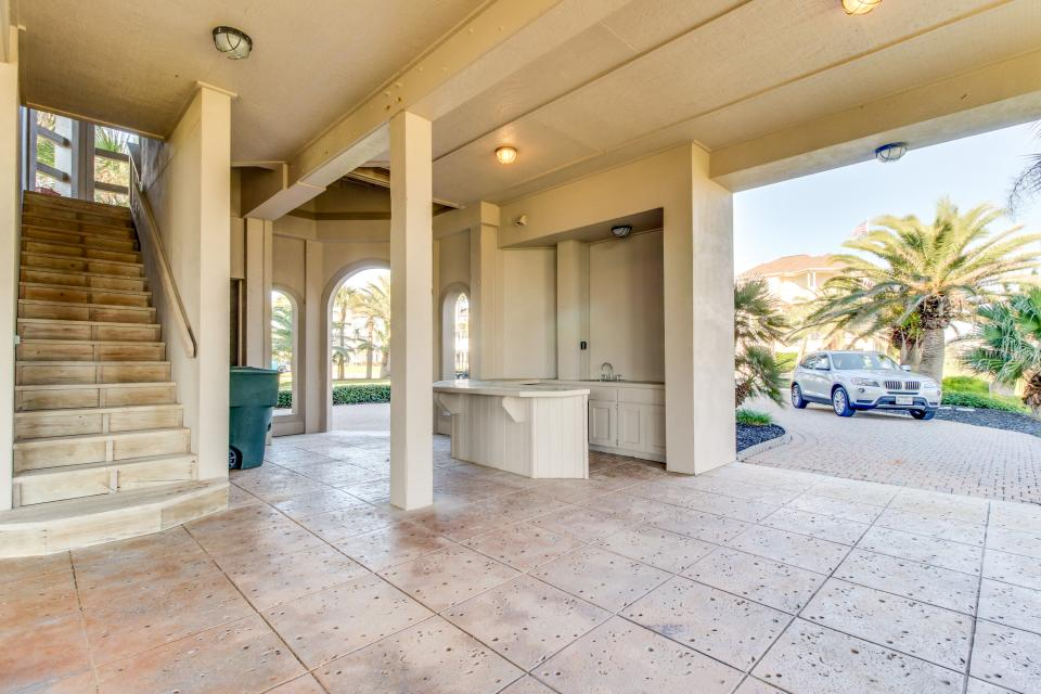 Suite Retreat  - Galveston Vacation Rental - Photo 41