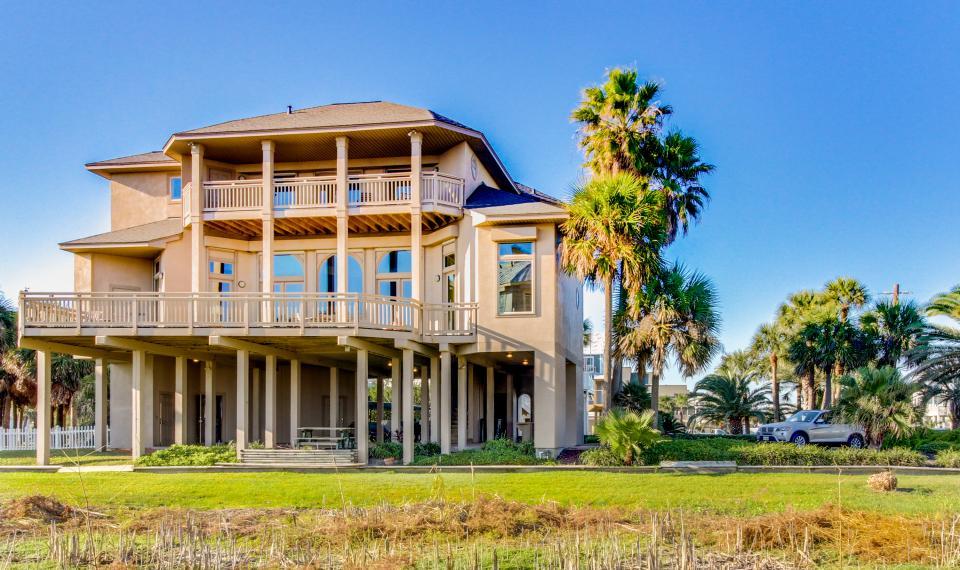 Suite Retreat  - Galveston Vacation Rental - Photo 2