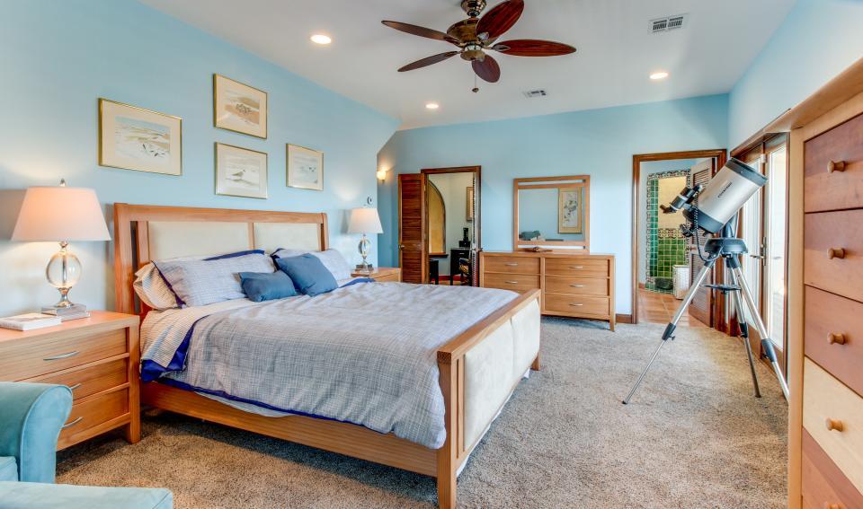 Suite Retreat  - Galveston Vacation Rental - Photo 27
