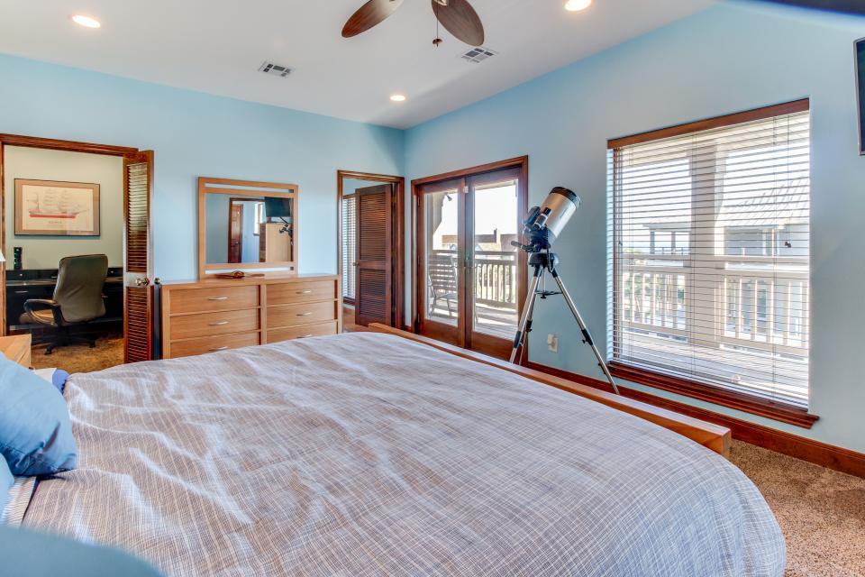 Suite Retreat  - Galveston Vacation Rental - Photo 14