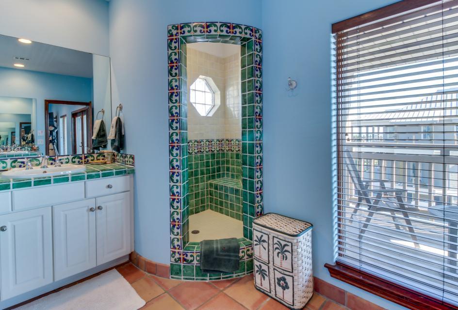 Suite Retreat  - Galveston Vacation Rental - Photo 29