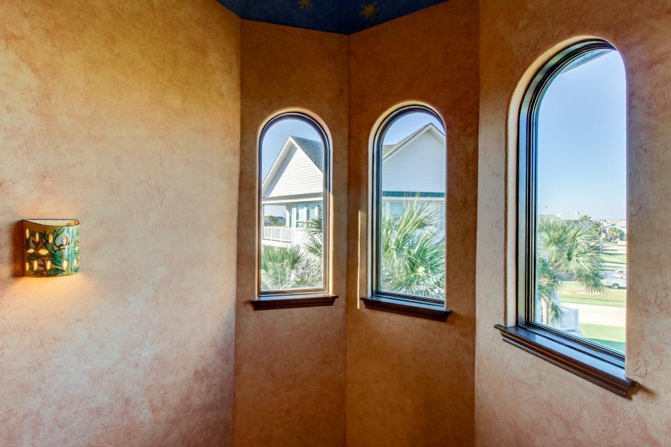 Suite Retreat  - Galveston Vacation Rental - Photo 33