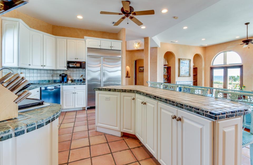 Suite Retreat  - Galveston Vacation Rental - Photo 11