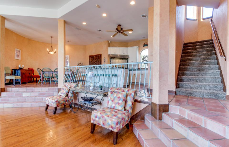Suite Retreat  - Galveston Vacation Rental - Photo 25
