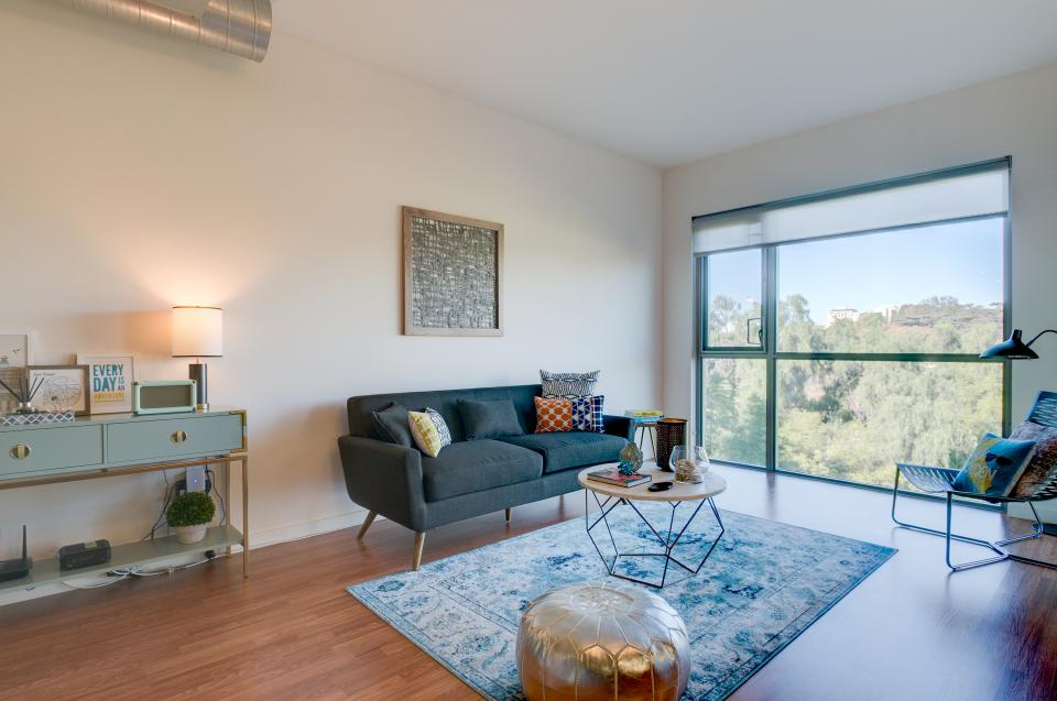 San Diego Chic Retreat - San Diego Vacation Rental - Photo 4