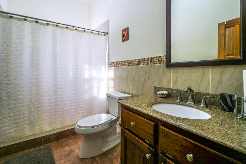 Hummingbird Villa - Belmopan Vacation Rental - Photo 21