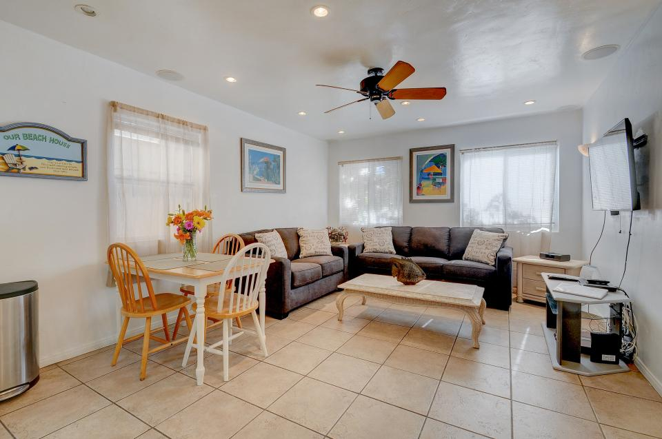 Mike's Place at the Beach - San Diego Vacation Rental - Photo 1