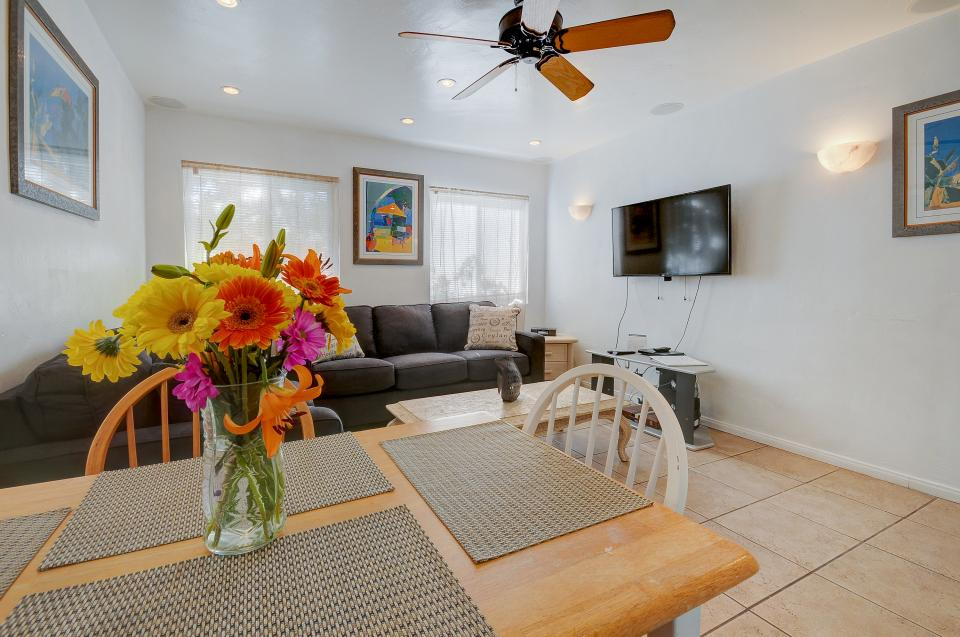 Mike's Place at the Beach - San Diego Vacation Rental - Photo 3