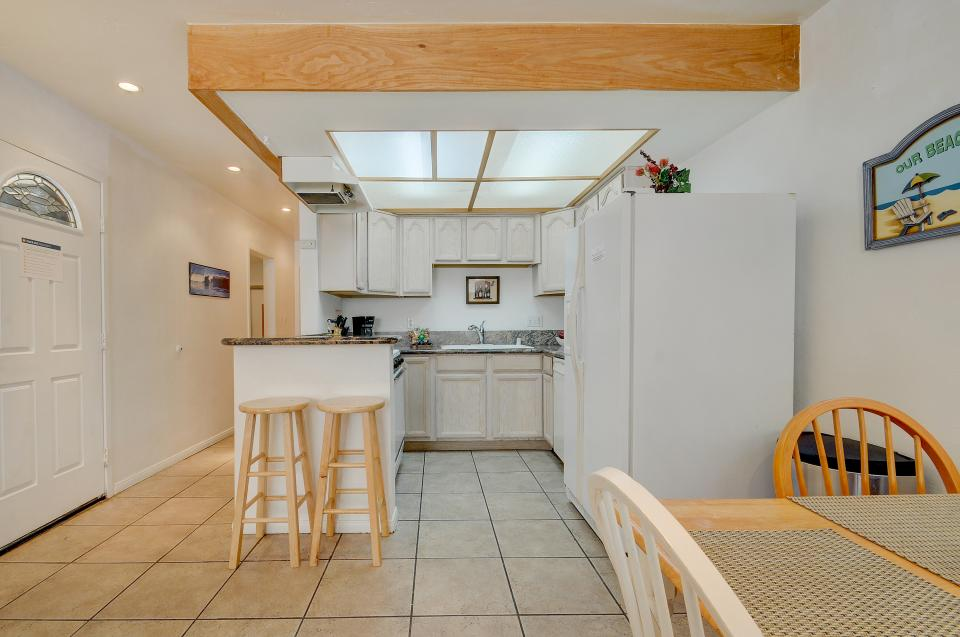 Mike's Place at the Beach - San Diego Vacation Rental - Photo 7
