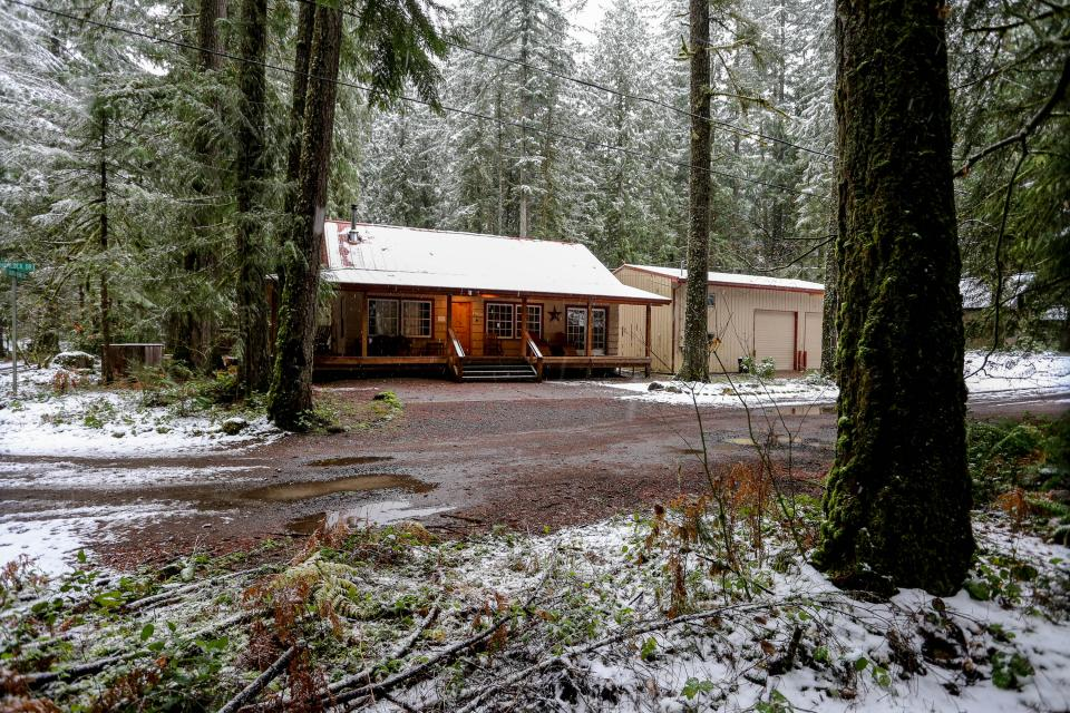 The Sharp Cabin - Rhododendron Vacation Rental - Photo 27