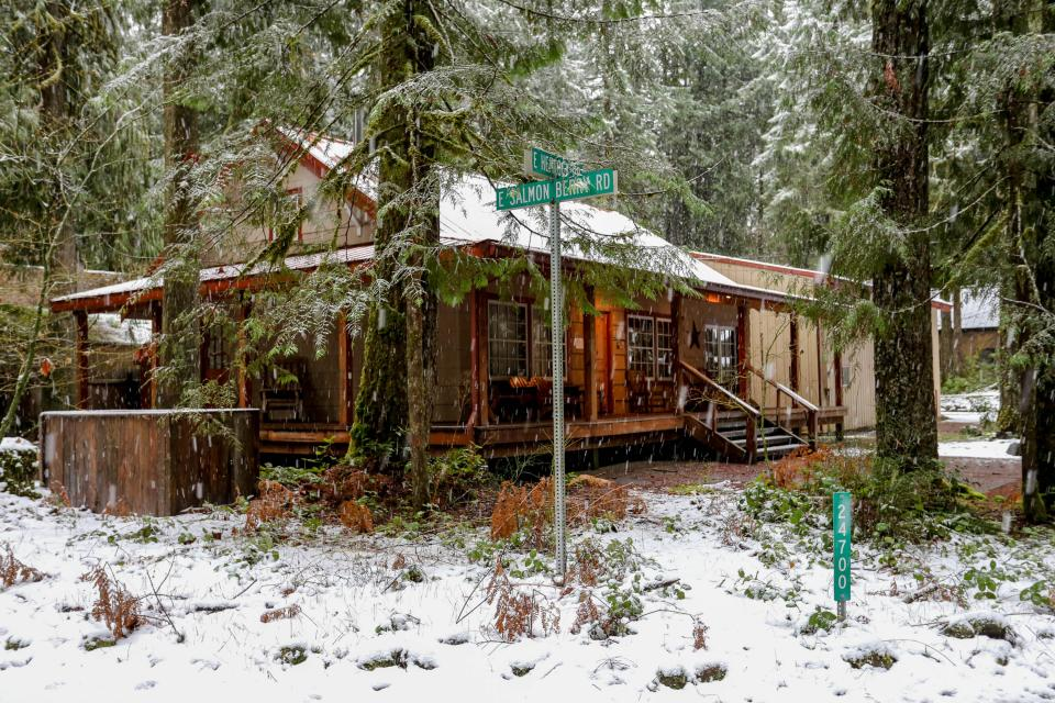 The Sharp Cabin - Rhododendron Vacation Rental - Photo 26
