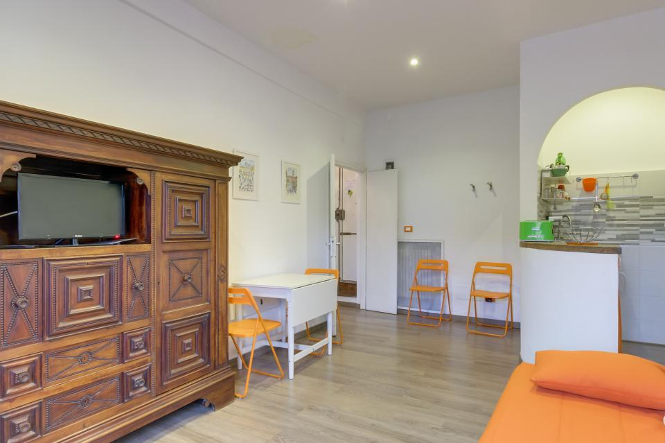 Spanish Steps Luxury Apartment - Rome Vacation Rental - Photo 4