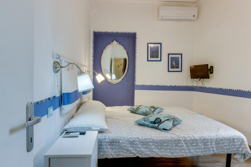 Spanish Steps Luxury Apartment - Rome Vacation Rental - Photo 11