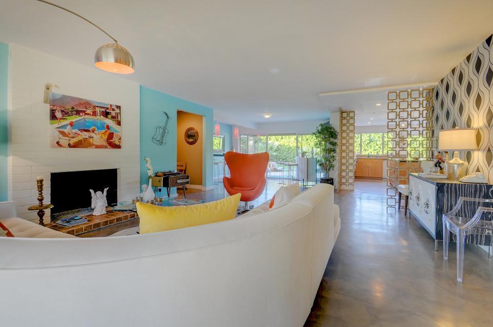 Retro Hip Desert Escape - Palm Springs Vacation Rental - Photo 30