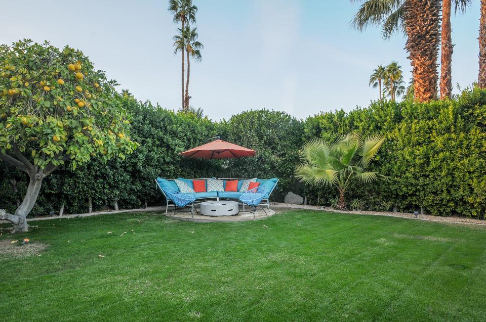 Retro Hip Desert Escape - Palm Springs Vacation Rental - Photo 6