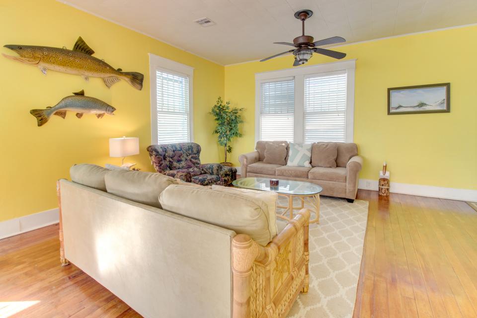SEA-Renity - Galveston Vacation Rental - Photo 13