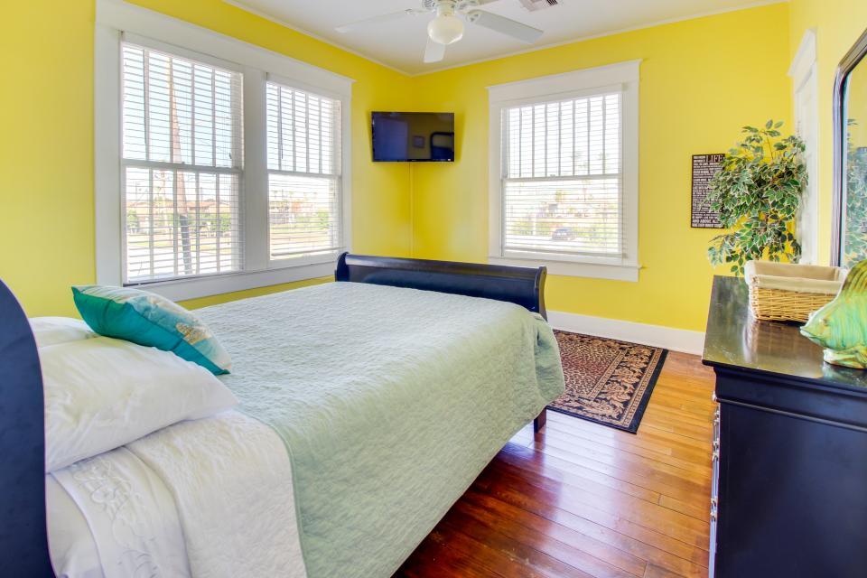 SEA-Renity - Galveston Vacation Rental - Photo 20