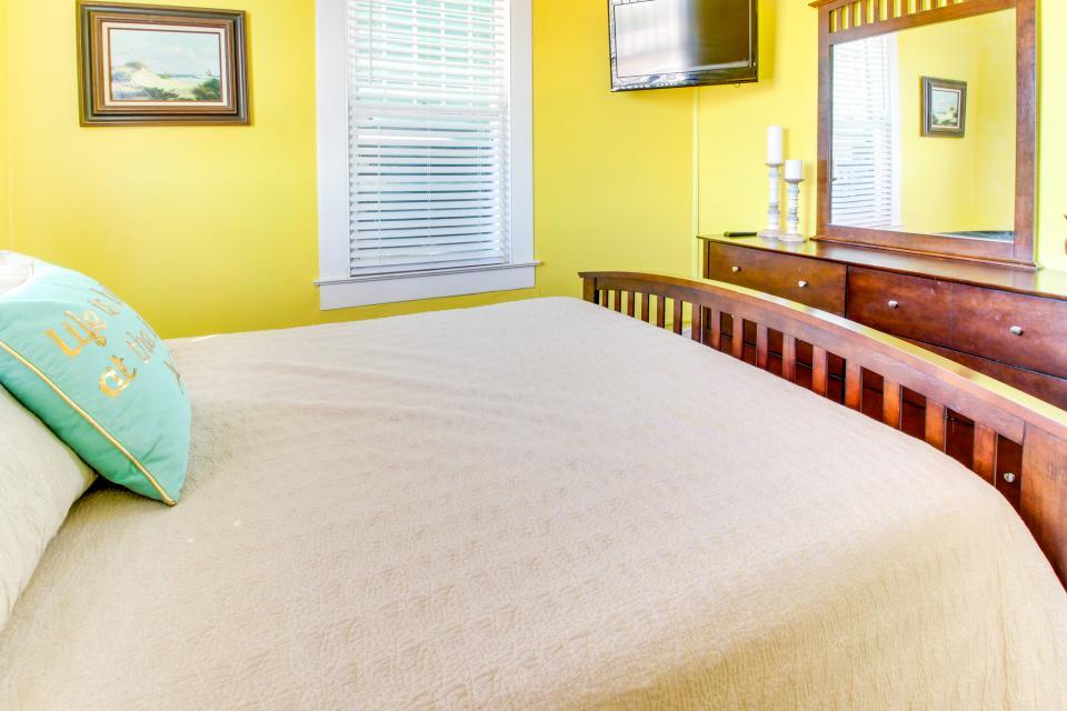SEA-Renity - Galveston Vacation Rental - Photo 23