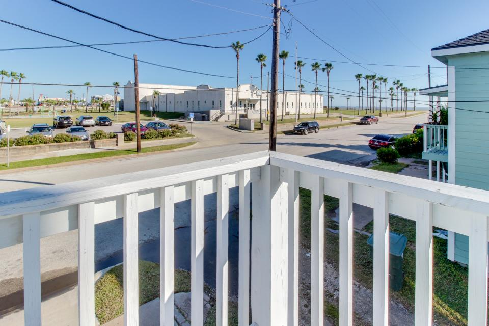 SEA-Renity - Galveston Vacation Rental - Photo 27