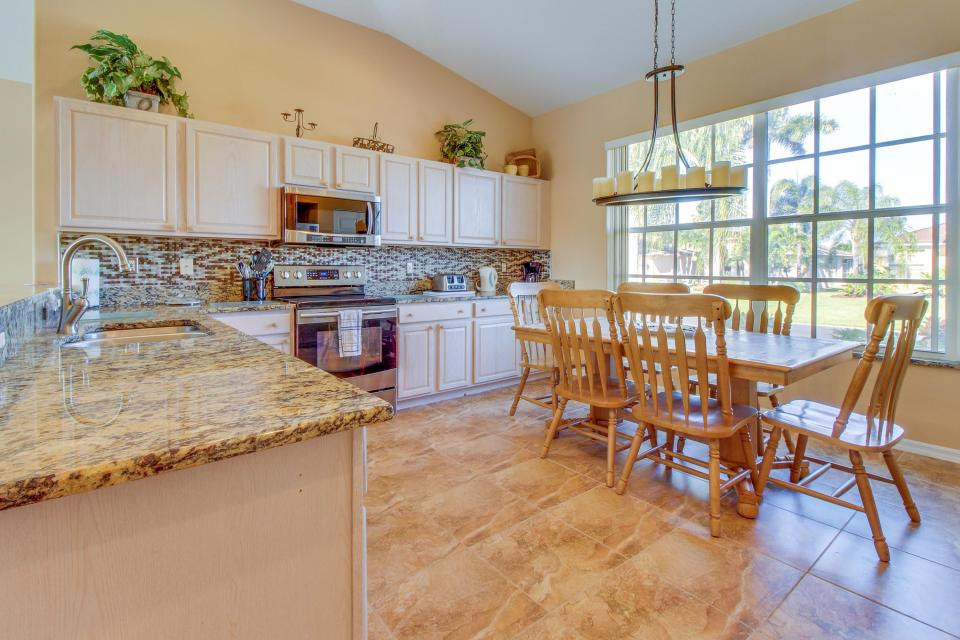 White Eagle Pointe - Fort Myers Vacation Rental - Photo 2