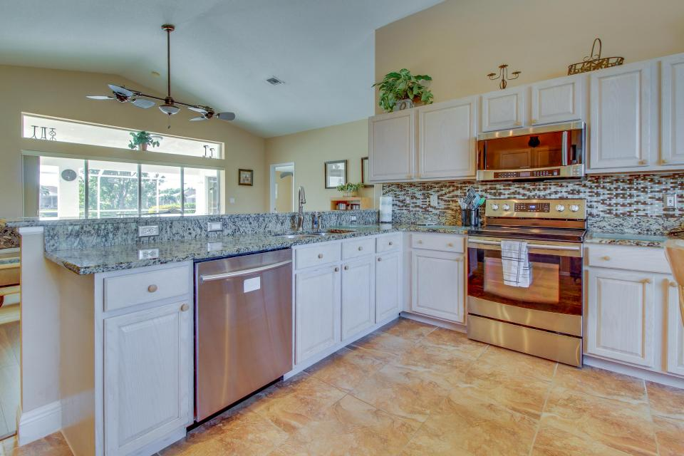 White Eagle Pointe - Fort Myers Vacation Rental - Photo 8