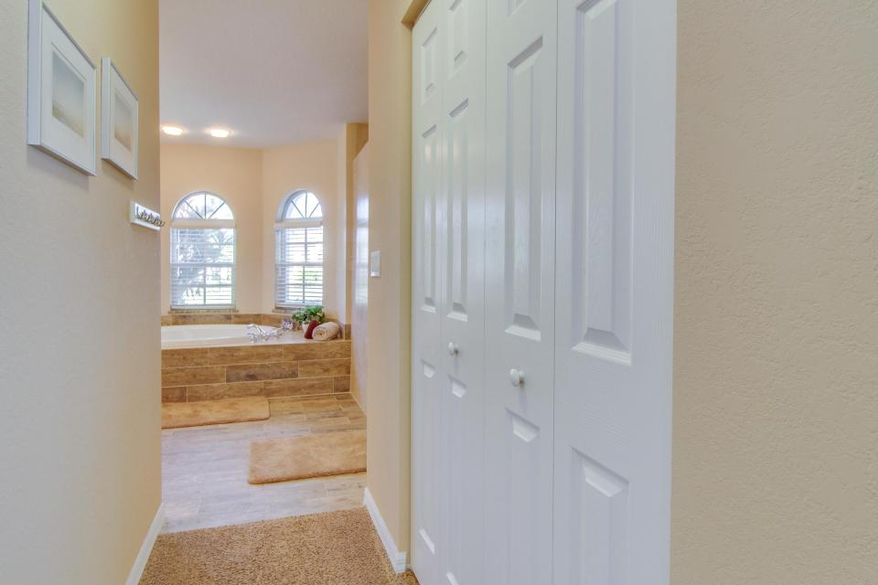 White Eagle Pointe - Fort Myers Vacation Rental - Photo 29