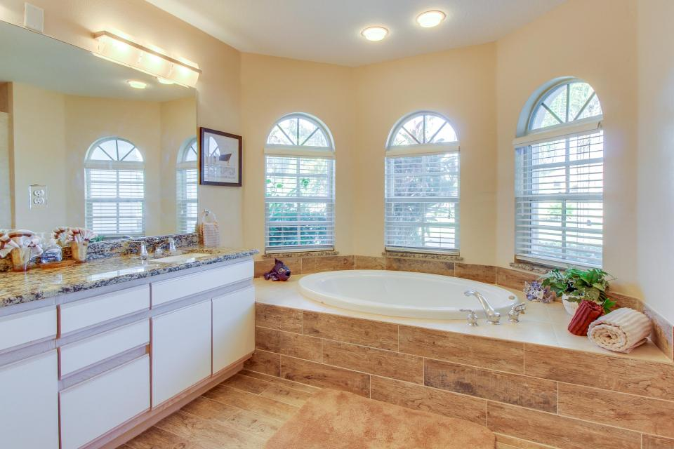White Eagle Pointe - Fort Myers Vacation Rental - Photo 25