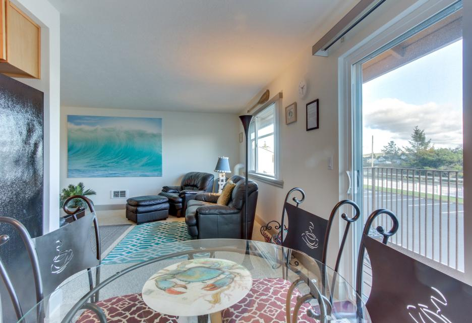 Holden's Post | Riverwalk Condominiums #4 - Seaside Vacation Rental - Photo 9