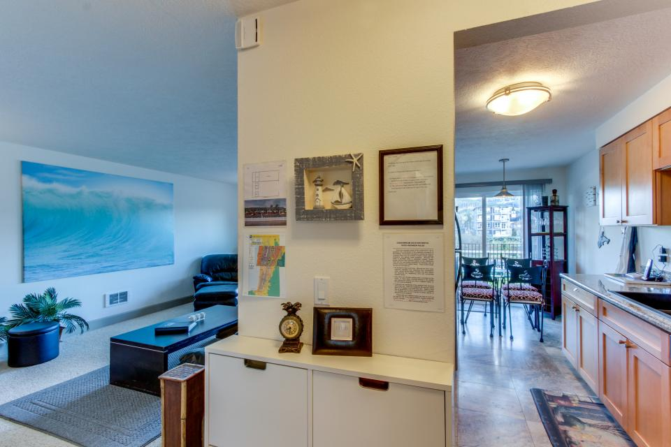 Holden's Post | Riverwalk Condominiums #4 - Seaside Vacation Rental - Photo 10