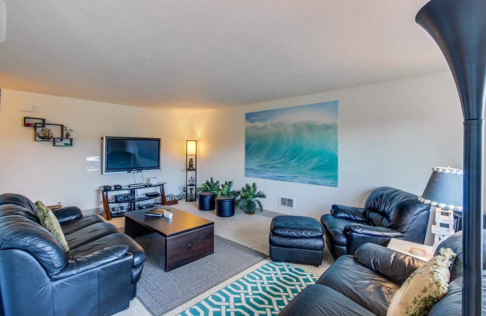 Holden's Post | Riverwalk Condominiums #4 - Seaside Vacation Rental - Photo 6