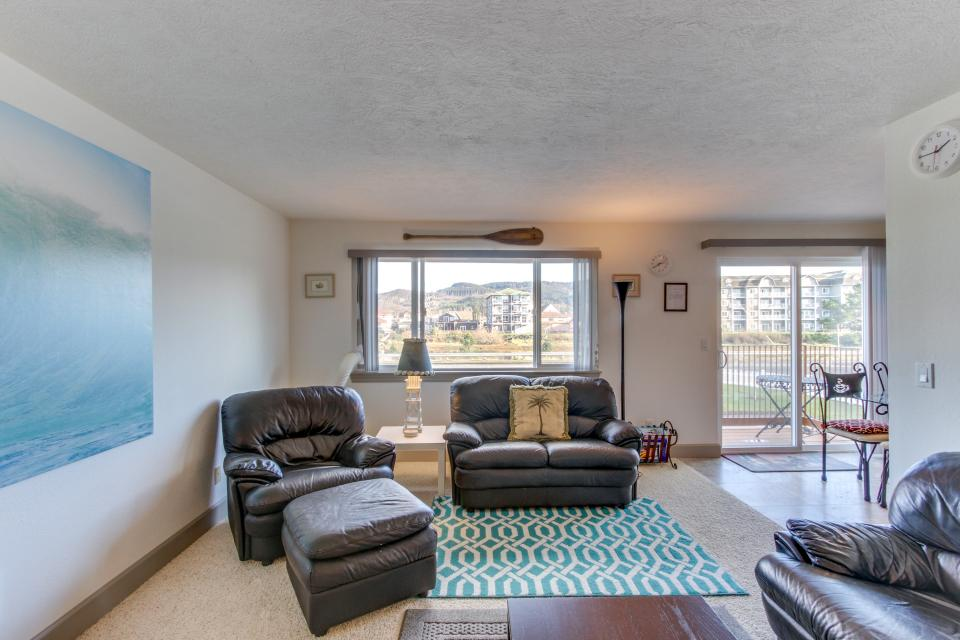 Holden's Post | Riverwalk Condominiums #4 - Seaside Vacation Rental - Photo 12