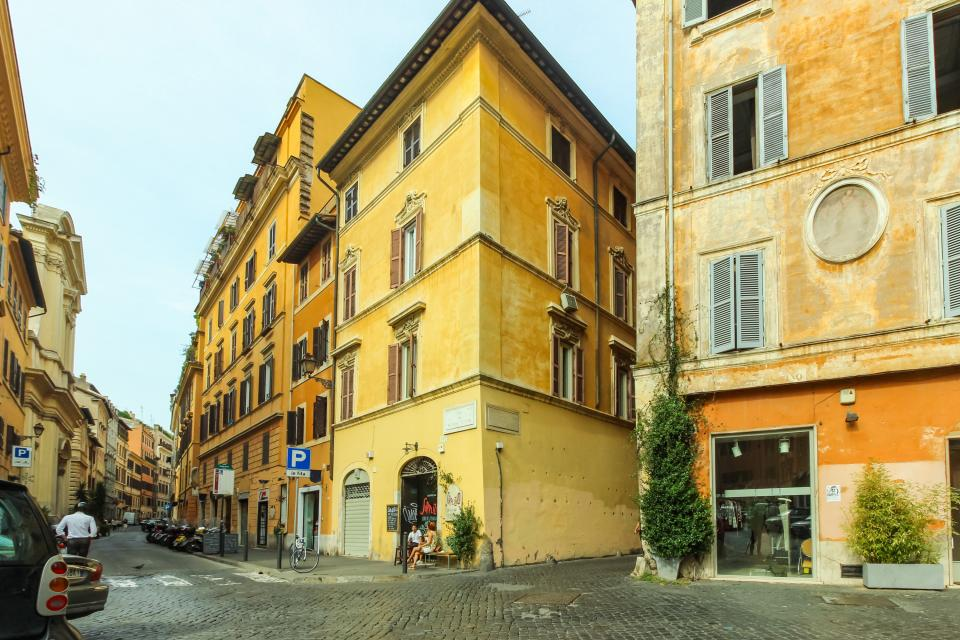 Navona Art Studio Apartment - Rome Vacation Rental - Photo 9