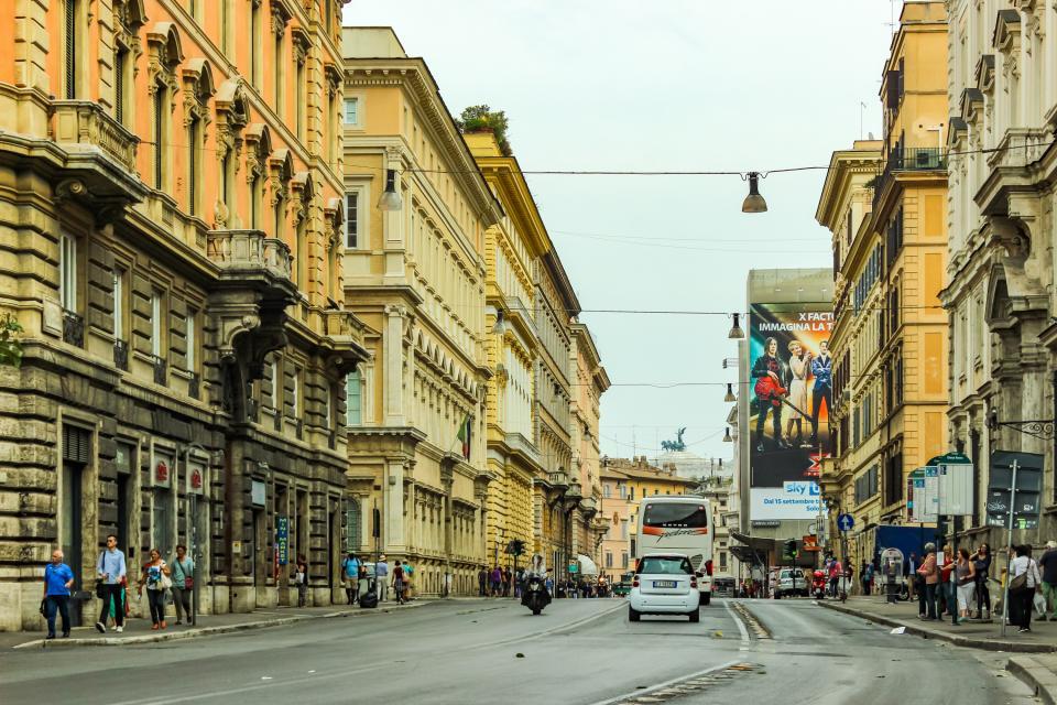 Navona Art Studio Apartment - Rome Vacation Rental - Photo 12