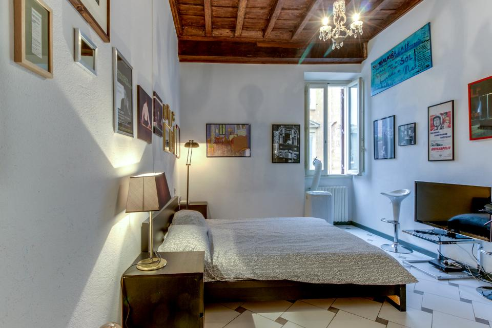 Navona Art Studio Apartment - Rome Vacation Rental - Photo 15