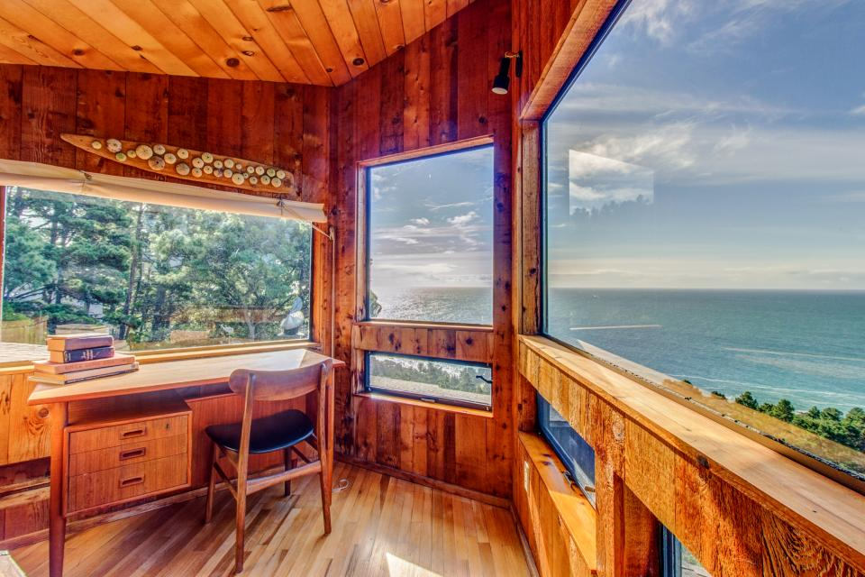 The Crows Nest - Sea Ranch Vacation Rental - Photo 2