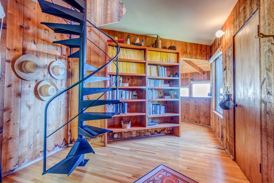 The Crows Nest - Sea Ranch Vacation Rental - Photo 11