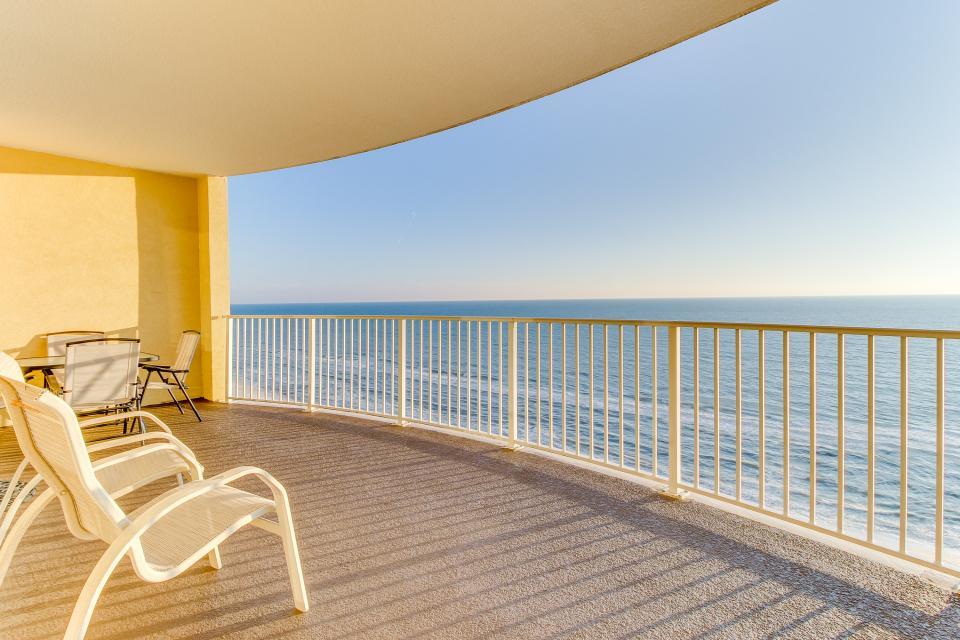 Twin Palms Paradise - Panama City Beach Vacation Rental - Photo 2
