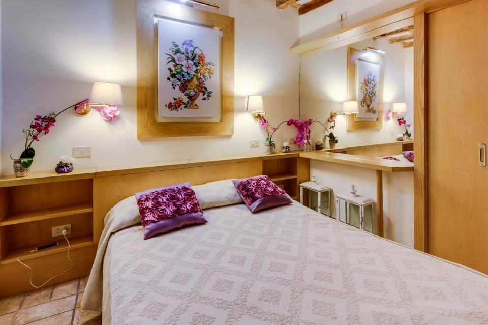 Savelli Navona Petite - Rome Vacation Rental - Photo 11